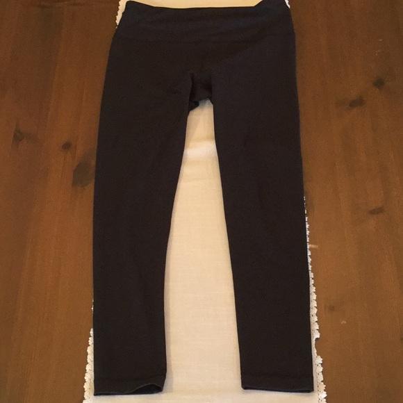 c1979c8ccba60 Yogalicious leggings size large. M_5a8f1258331627e017869ea7